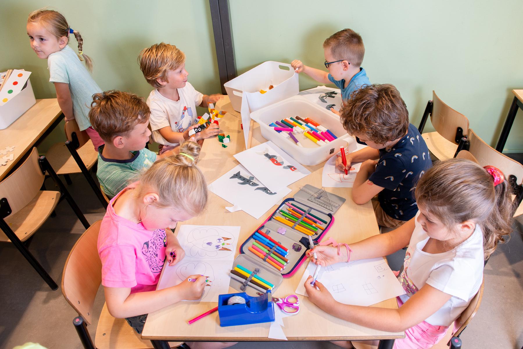 Kindcentrum Holk 18 LR