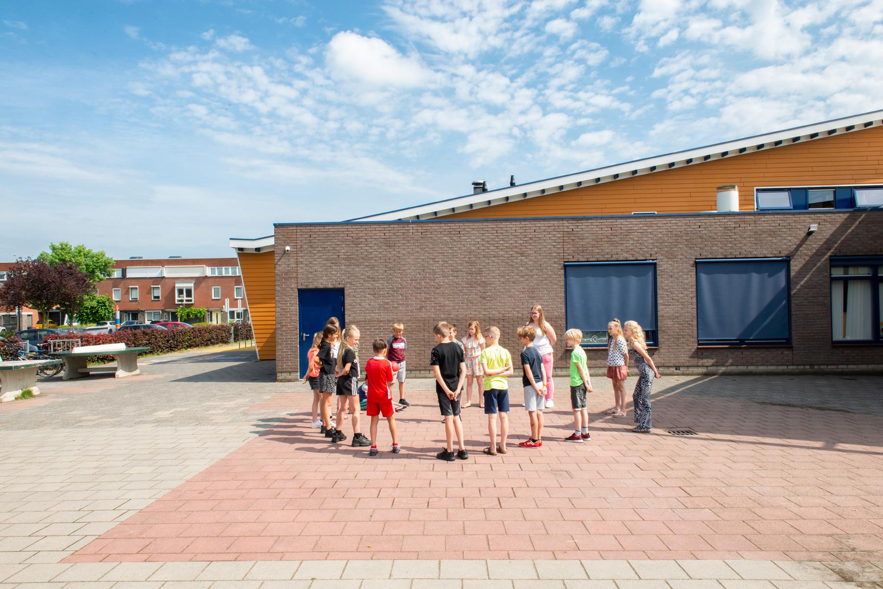 Kindcentrum Holk 50 LR